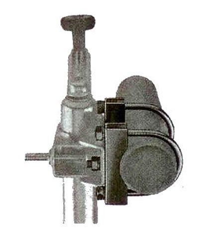 Držák KBF-70 klemy opěrného kolečka na oj pr. 70 mm-1