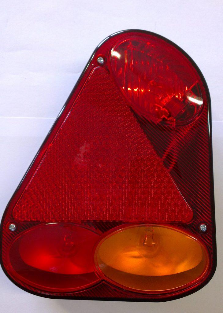 Světlo Fristom FT-77, s trojúhelníkem, levé