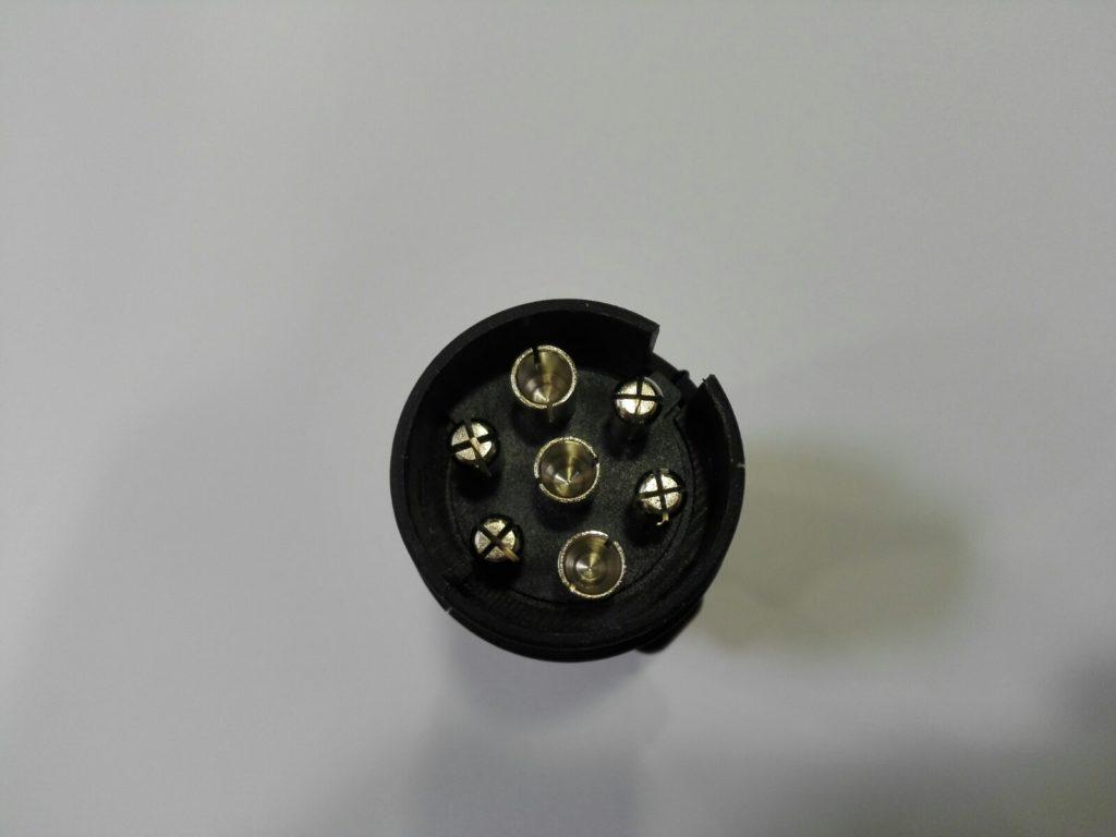 Zástrčka 12 V, 7-pin, NA KONEKTORY, ob. 6