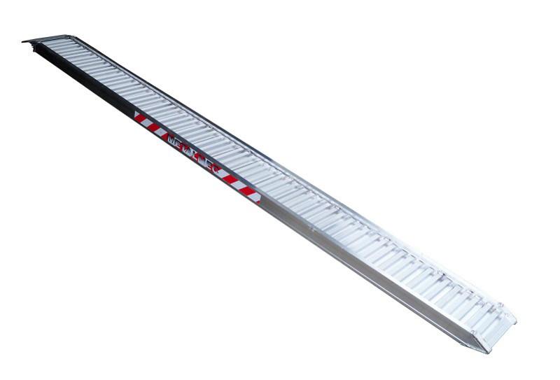 Nájezd hliníkový METALMEC M125, ALU 3500 mm délka, 360 mm šířka, nosnost 3435 kg na pár – CENA ZA KUS